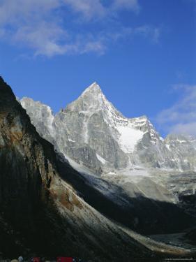 Kya Jo Ri Mountain from Machermo, Machermo, Himalayas, Nepal, Asia by Alison Wright