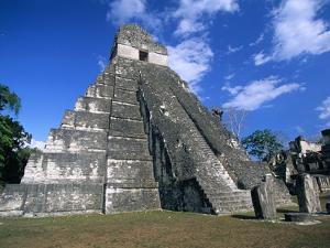 Pyramid at Tikal by Alison Wright