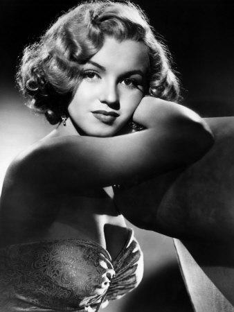 https://imgc.allpostersimages.com/img/posters/all-about-eve-marilyn-monroe-1950_u-L-P6SLKZ0.jpg?artPerspective=n