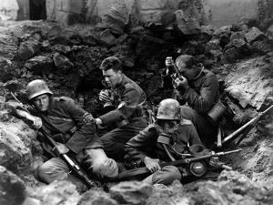 ALL QUIET ON THE WESTERN FRONT by Lewis Milestone with Ben Alexander, Lew Ayres, Louis Wolheim, 193