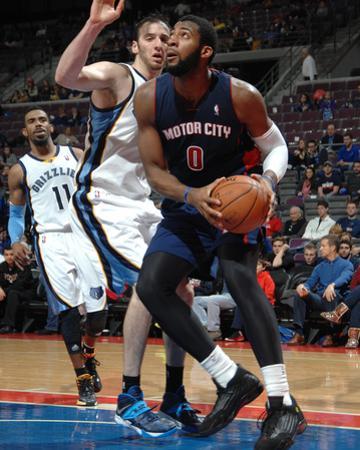 Jan 5, 2014, Memphis Grizzlies vs Detroit Pistons - Andre Drummond, Kosta Koufos by Allen Einstein