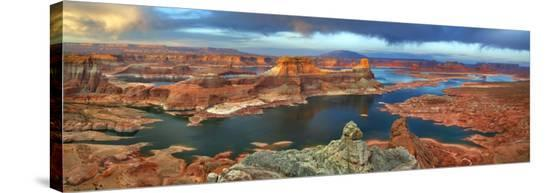 Alstrom Point at Lake Powell, Utah, USA-Frank Krahmer-Stretched Canvas Print
