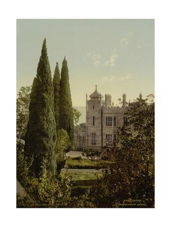 https://imgc.allpostersimages.com/img/posters/alupka-imperial-palace-1890s_u-L-PTRMH60.jpg?p=0
