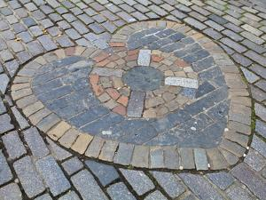 Heart of Midlothian, Royal Mile, Old Town, Edinburgh, Lothian, Scotland, Uk by Amanda Hall