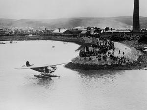Amelia Earhart's Plane Leaving Port