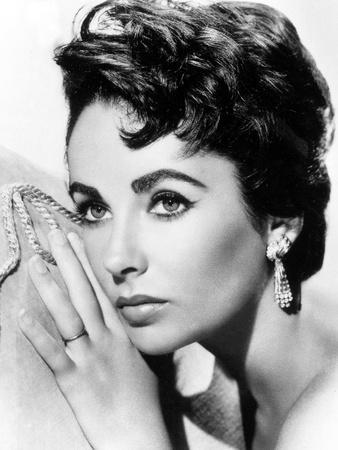 https://imgc.allpostersimages.com/img/posters/american-actress-liz-taylor-c-1954_u-L-PWGHY60.jpg?p=0