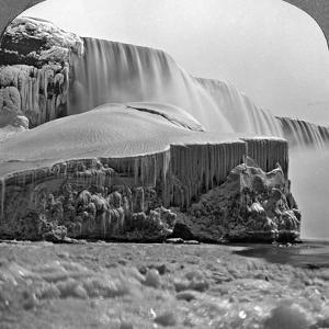 American Falls, Niagara Falls, in Winter, New York, USA