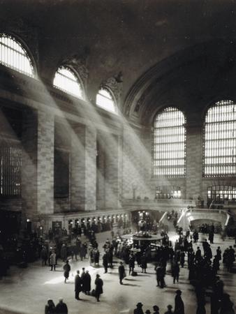 Holiday Crowd at Grand Central Terminal, New York City, c.1920