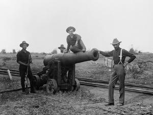 American Soldiers and Cannon During Philippine Insurrection