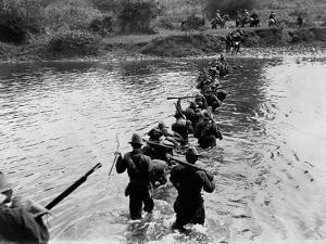 American Soldiers Crossing the Tuliahan River