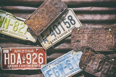 https://imgc.allpostersimages.com/img/posters/american-west-us-license-plates_u-L-Q1H9W6P0.jpg?artPerspective=n
