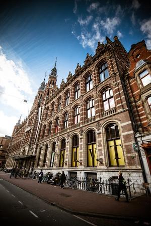 https://imgc.allpostersimages.com/img/posters/amsterdam-brick-facade_u-L-Q11UP3Y0.jpg?p=0