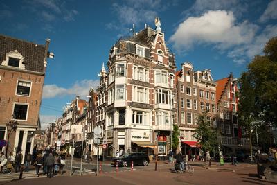 https://imgc.allpostersimages.com/img/posters/amsterdam-haarlem-district_u-L-Q11US040.jpg?p=0