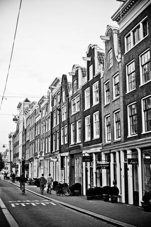 https://imgc.allpostersimages.com/img/posters/amsterdam-herenstraat_u-L-Q11UPCA0.jpg?p=0
