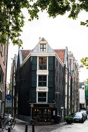 https://imgc.allpostersimages.com/img/posters/amsterdam-koggestraat_u-L-Q11ULOR0.jpg?p=0
