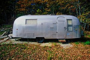 An old air steam trailer parked in Maine