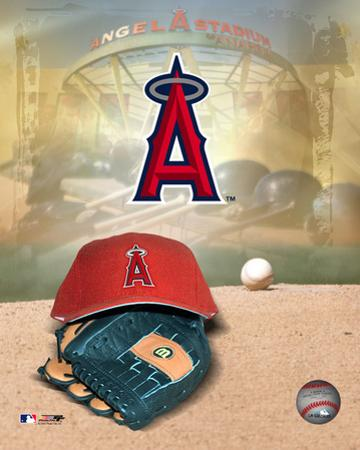 Anaheim Angels - '05 Logo / Cap and Glove