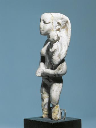 https://imgc.allpostersimages.com/img/posters/ancient-egyptian-ivory-statuette-of-woman-holding-child-in-arms_u-L-POPAL00.jpg?p=0