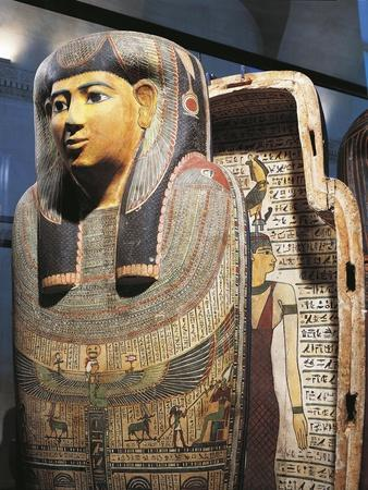 https://imgc.allpostersimages.com/img/posters/ancient-egyptian-sarcophagus-of-woman-named-udjarenes_u-L-POPQ5Y0.jpg?p=0