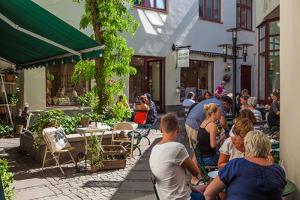 Town cafe, Gothenburg, province of Västra Götalands län, Sweden by Andrea Lang