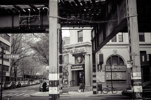 Williamsburg, Brooklyn, New York, USA, Broadway corner Havemeyer Street, echo drugs by Andrea Lang