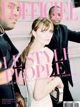 L'Officiel, June 2009 - Mischa Barton Porte une Robe Corset en Coton, Dolce & Gabbana by Andrea Spotorno