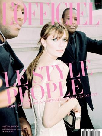L'Officiel, June 2009 - Mischa Barton Porte une Robe Corset en Coton, Dolce & Gabbana