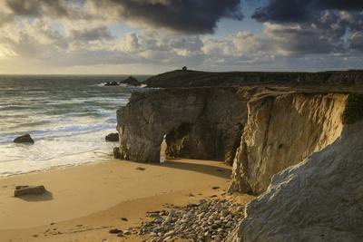 France, Brittany, Morbihan, Peninsula Quiberon, Rock Gatein the C?te Sauvage
