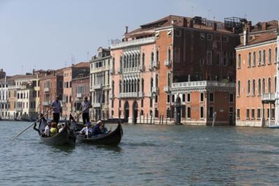 Italy Daily Life by Andrew Medichini