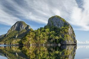 El Nido, Palawan, Philippines, Southeast Asia, Asia by Andrew Sproule