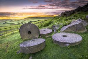 Stanage Edge Millstones at Sunrise, Peak District National Park, Derbyshire by Andrew Sproule