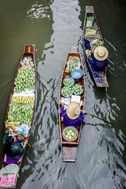 Vendors Paddle their Boats, Damnoen Saduak Floating Market, Thailand by Andrew Taylor