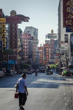 Yaowarat Road, Chinatown, Bangkok, Thailand, Southeast Asia, Asia by Andrew Taylor