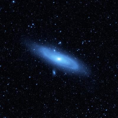 https://imgc.allpostersimages.com/img/posters/andromeda-galaxy-s-older-stellar-population-in-blue_u-L-PC2K9E0.jpg?artPerspective=n