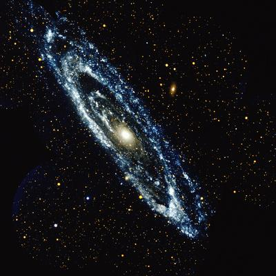 https://imgc.allpostersimages.com/img/posters/andromeda-galaxy_u-L-Q10D0CG0.jpg?artPerspective=n