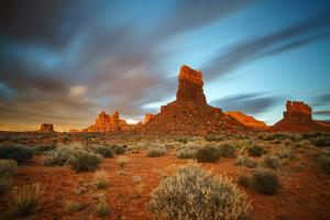 Sunriose over the Valley of the Gods. by Andy Mann