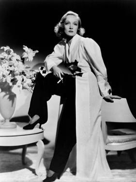 Angel, 1937