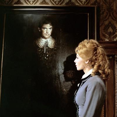 https://imgc.allpostersimages.com/img/posters/angelique-and-le-roy-1965-directed-by-bernard-borderie-michele-mercier-photo_u-L-Q1C3AAF0.jpg?artPerspective=n