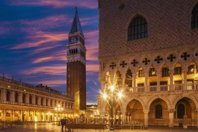 Doges Palace and Campanile after Sunset, Venice, UNESCO World Heritage Site, Veneto, Italy, Europe