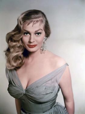 Anita Ekberg (photo)