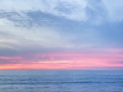 USA, California, La Jolla. Pastel horizon