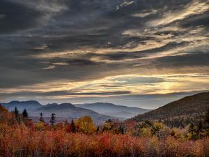 USA, New Hampshire, White Mountains, Sunrise from overlook by Ann Collins