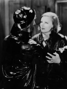 ANNA CHRISTIE, 1930 directed by CLARENCE BROWN George F. Marion and Greta Garbo (b/w photo)