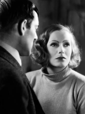https://imgc.allpostersimages.com/img/posters/anna-christie-1930-directed-by-clarence-brown-greta-garbo-b-w-photo_u-L-Q1C3KOB0.jpg?artPerspective=n