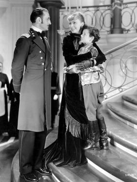Anna Karenina by Clarence Brown, based on a novel by Leo Tolstoi, with Basil Rathbone, Greta Garbo,