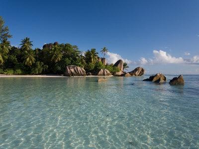 https://imgc.allpostersimages.com/img/posters/anse-source-d-argent-beach-la-digue-island-seychelles_u-L-P35UYQ0.jpg?p=0