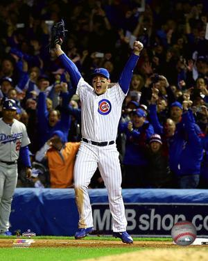 Anthony Rizzo celebrates winning Game 6 of the 2016 National League Championship Series