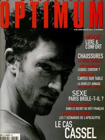 L'Optimum, April-May 1999 - Vincent Cassel Porte un Tee-Shirt Col V en Coton Chiné Calvin Klein by Antonio Spinoza