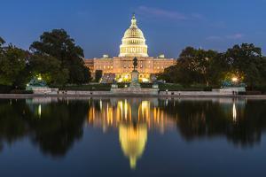 Us Capital Building in Washington Dc, Usa by ANUJAK JAIMOOK