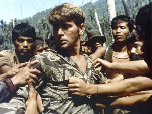 APOCALYPSE NOW, 1979 directed by FRANCIS FORD COPPOLA Martin Sheen (photo)